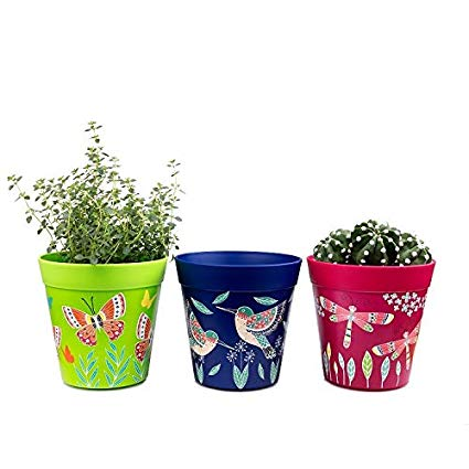 jardin-terraza-mini-macetas-colores-decoradas